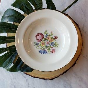 6 Vintage China Homer Laughlin Needlepoint Bowls